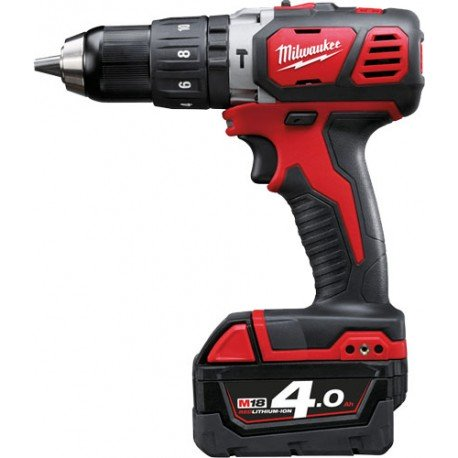 Perceuse à percussion compacte MILWAUKEE  M18